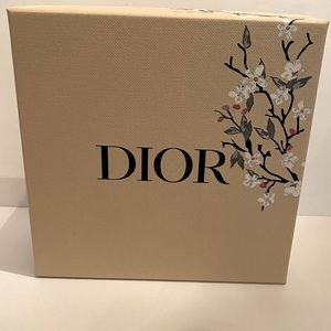 💕DIOR Mother's Day Edition Box💕